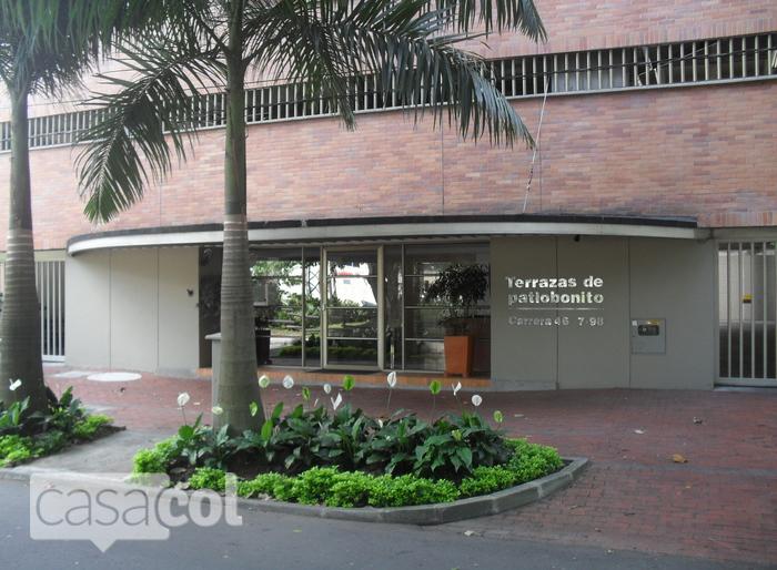 Edificio terrazas de patio bonito en poblado medellin for Patio bonito